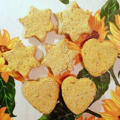 самодельное печенье из гороховой муки для попугаев